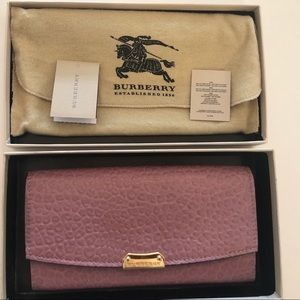 Burberry Pink Heather wallet